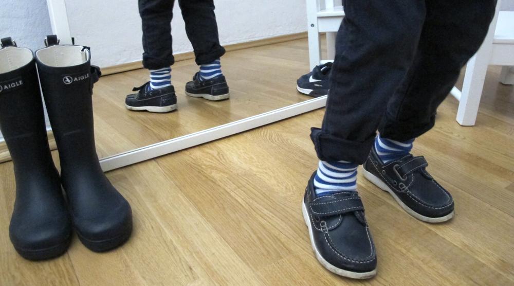 Kinderbeine Schuhe