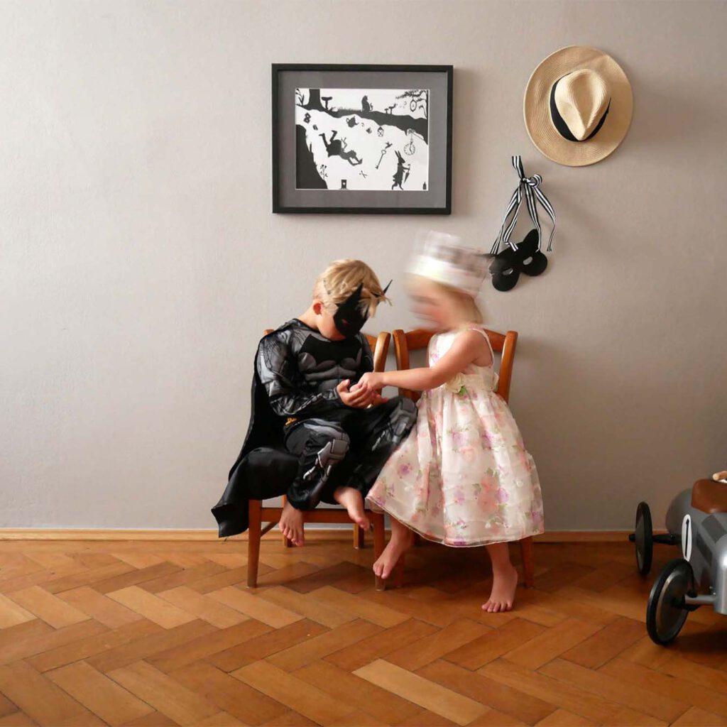 Scherenschnitt fuers Kinderzimmer - Spielen 2