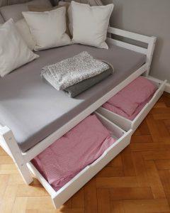 Doppelbett fuer Geschwister - Schubladen für Bettwaesche