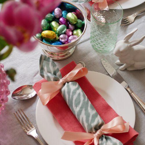 Endlich gute Überraschungen! – Servietten-Cracker für die Oster-Tafel